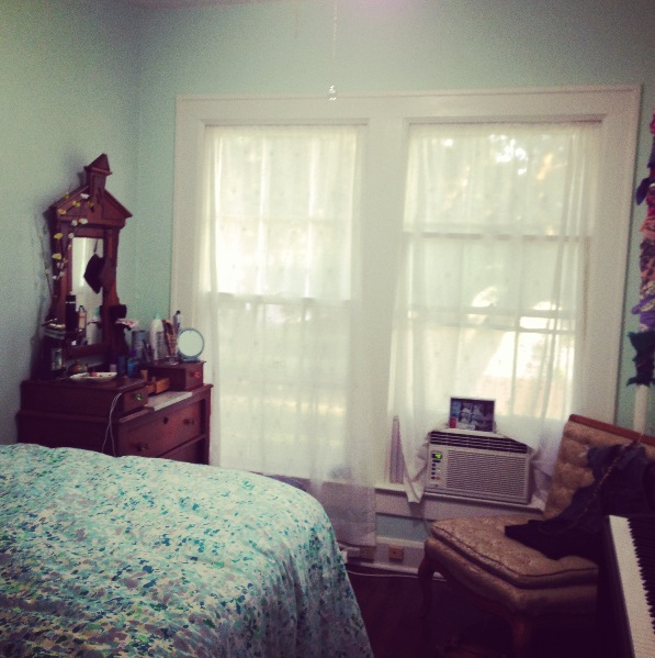 Budget Bedroom Decor: Ballin' On A Budget